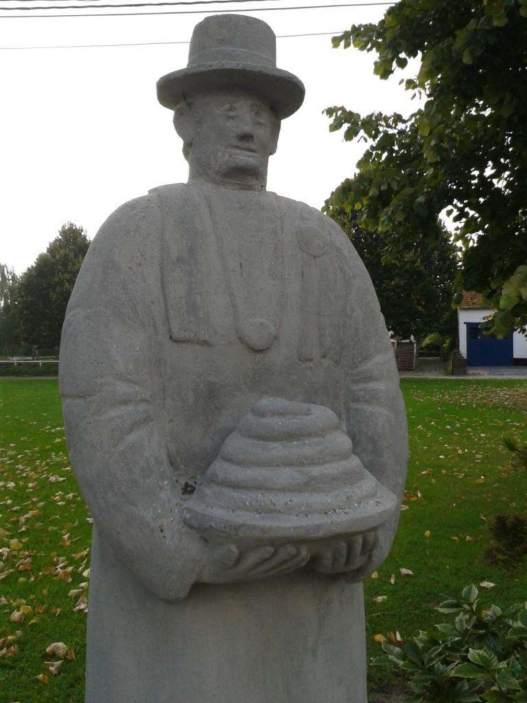 boudin_vert_statue_homme