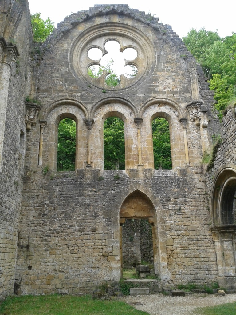 Rosace des ruines de l'abbaye d'Orval