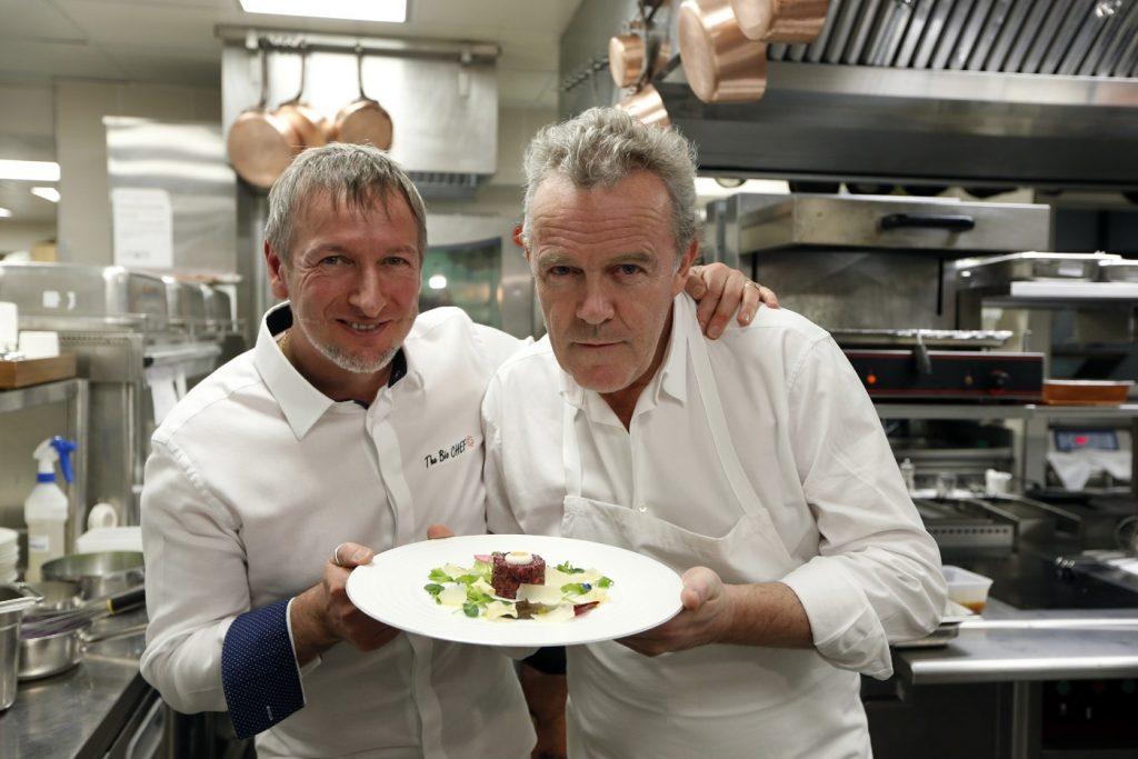 La cuisine du partage: cuisine à 4 mains. Ex: Alain Passard & Paolo Sari.