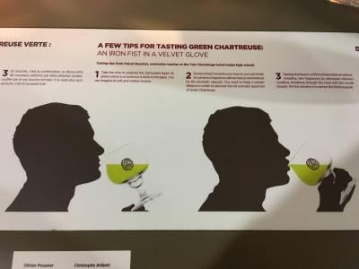 Comment déguster une Chartreuse en 3 étapes
